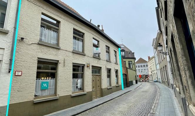 Gebouw voor gemengd gebruik te koop in Brugge